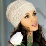с белой розой